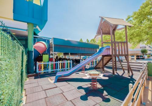 De kinderspeelruimte van Rentalmar Costa Verde