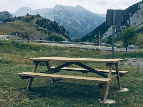 Jardín al aire libre en Apartamentos Pirineos Rent
