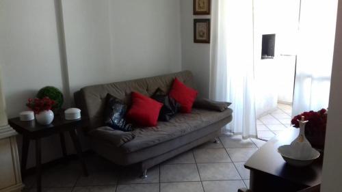 A seating area at Apartamento Dante Tomio