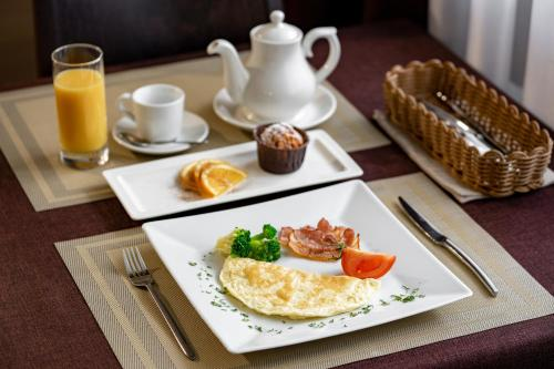 Breakfast options available to guests at Apart-Hotel Resident