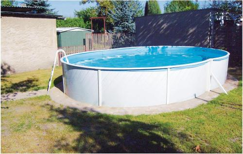 The swimming pool at or near Holiday home Heinrich-Heine-Str. R