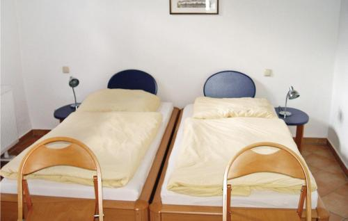 A bed or beds in a room at Gewölbe G