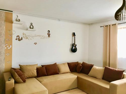 A seating area at Music Apartment