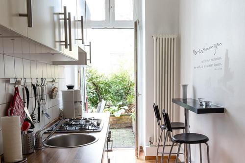 Una cocina o zona de cocina en Berlinappart - Mitte Apartments