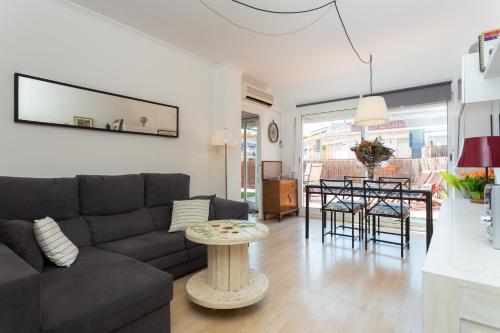 A seating area at Sunny Sagrada - Barcelona
