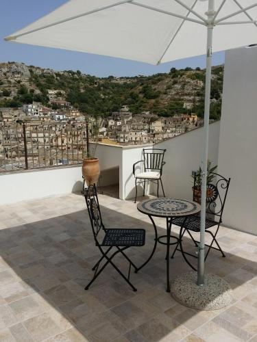 A balcony or terrace at Casa Mireio