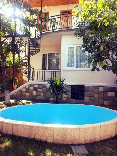 Natalie's Guest house