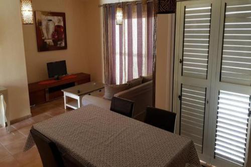 Een zitgedeelte bij Villa Corralejo