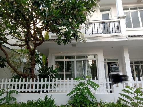 Villa Nha Trang 5 Bedrooms Private Beach