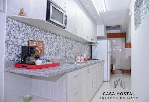 A kitchen or kitchenette at Casa hostal primero de mayo
