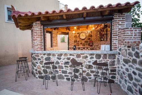 Ο χώρος του lounge ή του μπαρ στο Panorama Resort