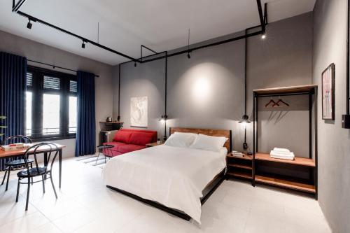 Stay LaVie Industrial Studios on Nguyen Hue