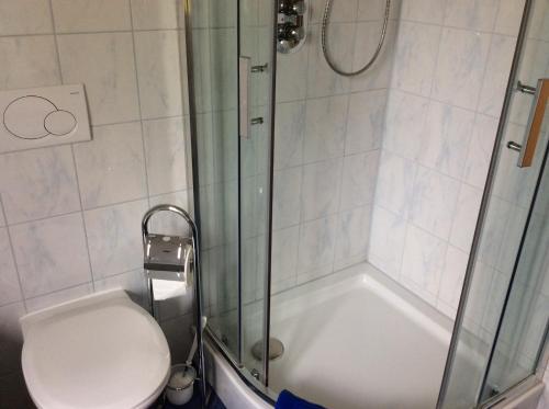 A bathroom at Almhaus Karantanien