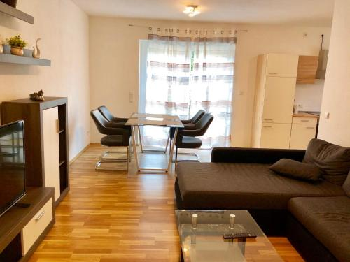 A seating area at Apartment Markus Neunkirchen City