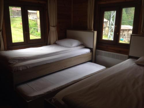 سرير أو أسرّة في غرفة في فيلا مايا