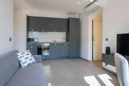 A kitchen or kitchenette at MAISON MICHELONI