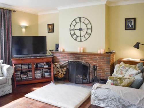 A television and/or entertainment center at Oakdene Lodge