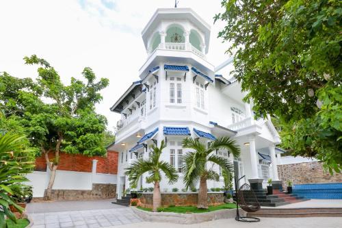 7S HOTEL LAM VILLA & RESORT