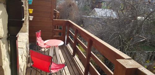 Un balcón o terraza en Departamentos Tres de Caballería