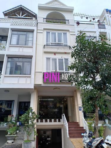 PINI HOTEL