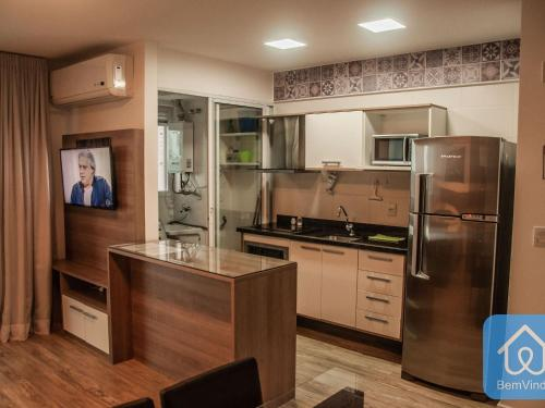 A kitchen or kitchenette at Apartamento Luxuoso 2 - Mandarim Salvador Shopping