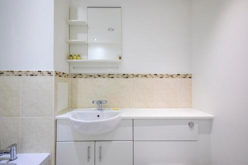 Ванная комната в Flexi-Lets@Woking Town Centre