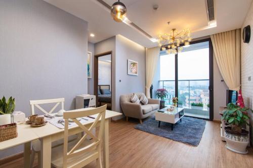 HomefromHome Skylake Serviced Apartment