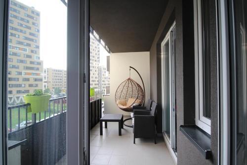 Nowy Apartament Avia Polonia Cracovia Booking Com