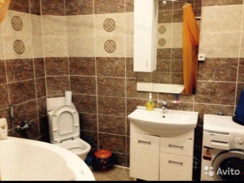A bathroom at Хуторок