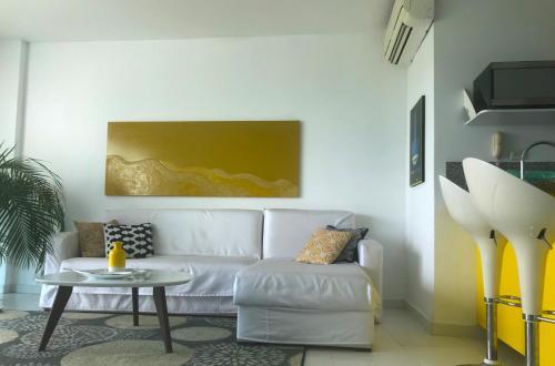 A seating area at Morros Suites Apartamentos