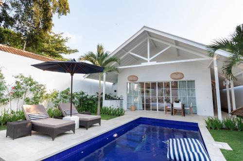 The swimming pool at or near Villa Coco Bali