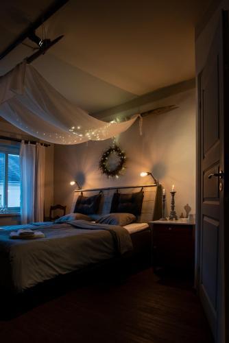 Säng eller sängar i ett rum på Pensionat Stalldalen