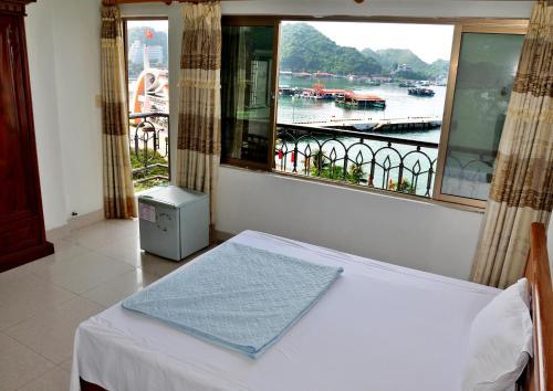 Private Balcony Hotel