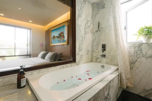A bathroom at Zody Premium Apartment
