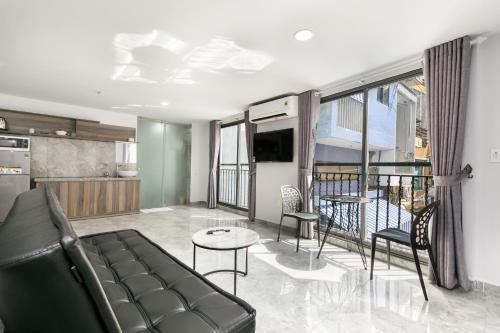 Auhome- Blissington Apartment