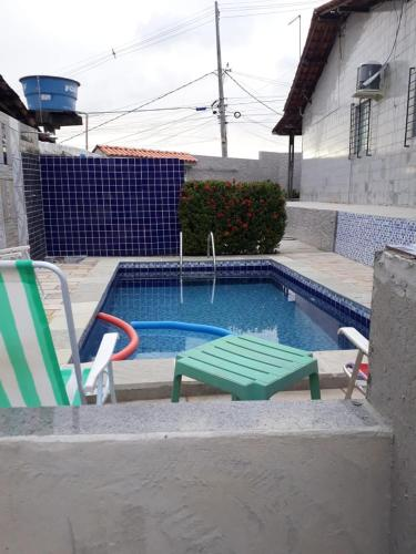 The swimming pool at or close to Recanto Novo Horizonte