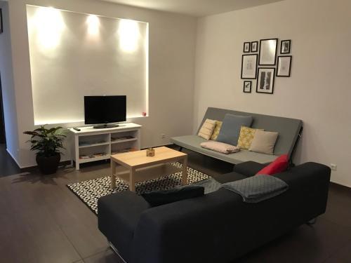 Ein Sitzbereich in der Unterkunft Helle-, geräumige Wohnung in zentraler Lage