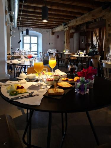 boutique hotels in palencia  28
