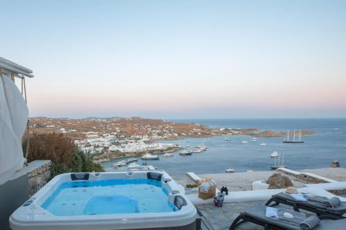 A view of the pool at Mykonos Psarou Place or nearby