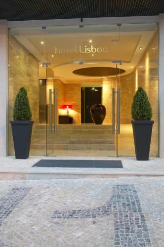 The facade or entrance of Hotel Lisboa
