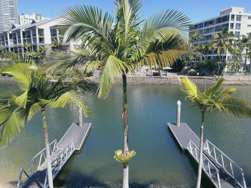 A view of the pool at Gold Coast Surfers' Paradise Central Riverview apartment or nearby