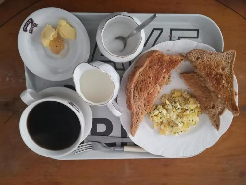 Breakfast options available to guests at Whole flat next to Dover Port with parking