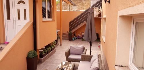 A balcony or terrace at Apartments Lisinski