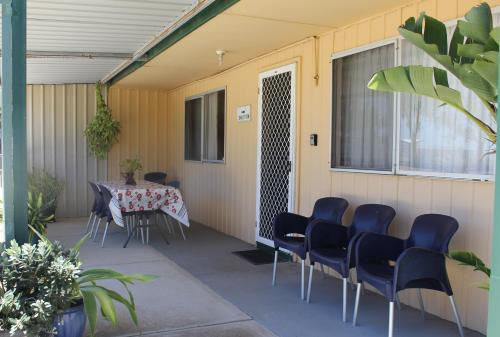 The facade or entrance of Jurien Beachfront Holiday Units