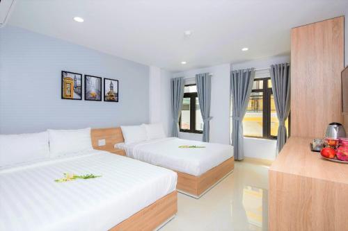 Luna House Danang