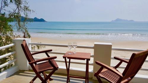 Lucky Spot Beach Bungalow