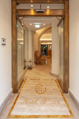 The lobby or reception area at Hotel Flavia