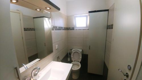 A bathroom at Jerusalem Highest
