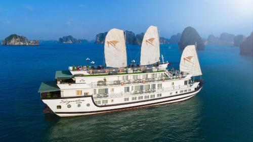 Du thuyền Signature Halong