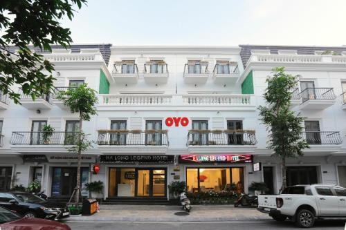 OYO 562 Halong Legend Hotel